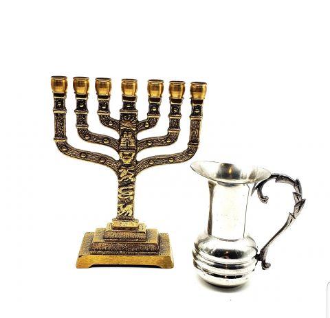 Judaica Menorah !