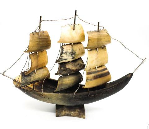 Vintage Horn Ship!
